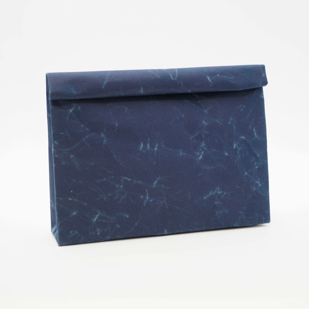 サムネイル:SIWA | 紙和 クラッチバッグ wide ダークブルー